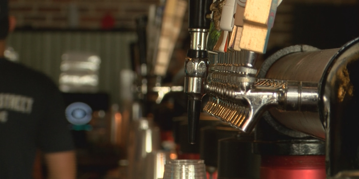 Late night alcohol sale ban starts while bar owners fear future
