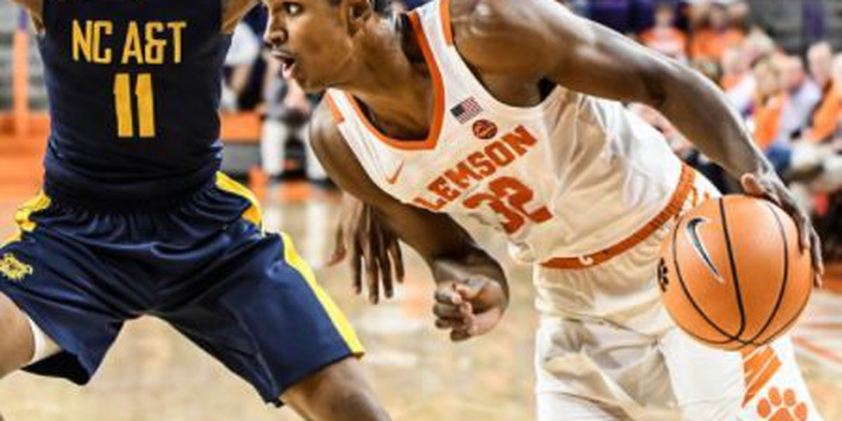 Clemson men move to 2-0 after topping North Carolina A&T