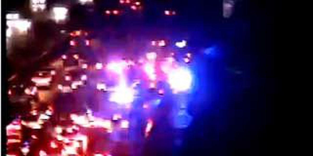 Crews clear WB I-26 accident in N. Charleston near Aviation Ave.