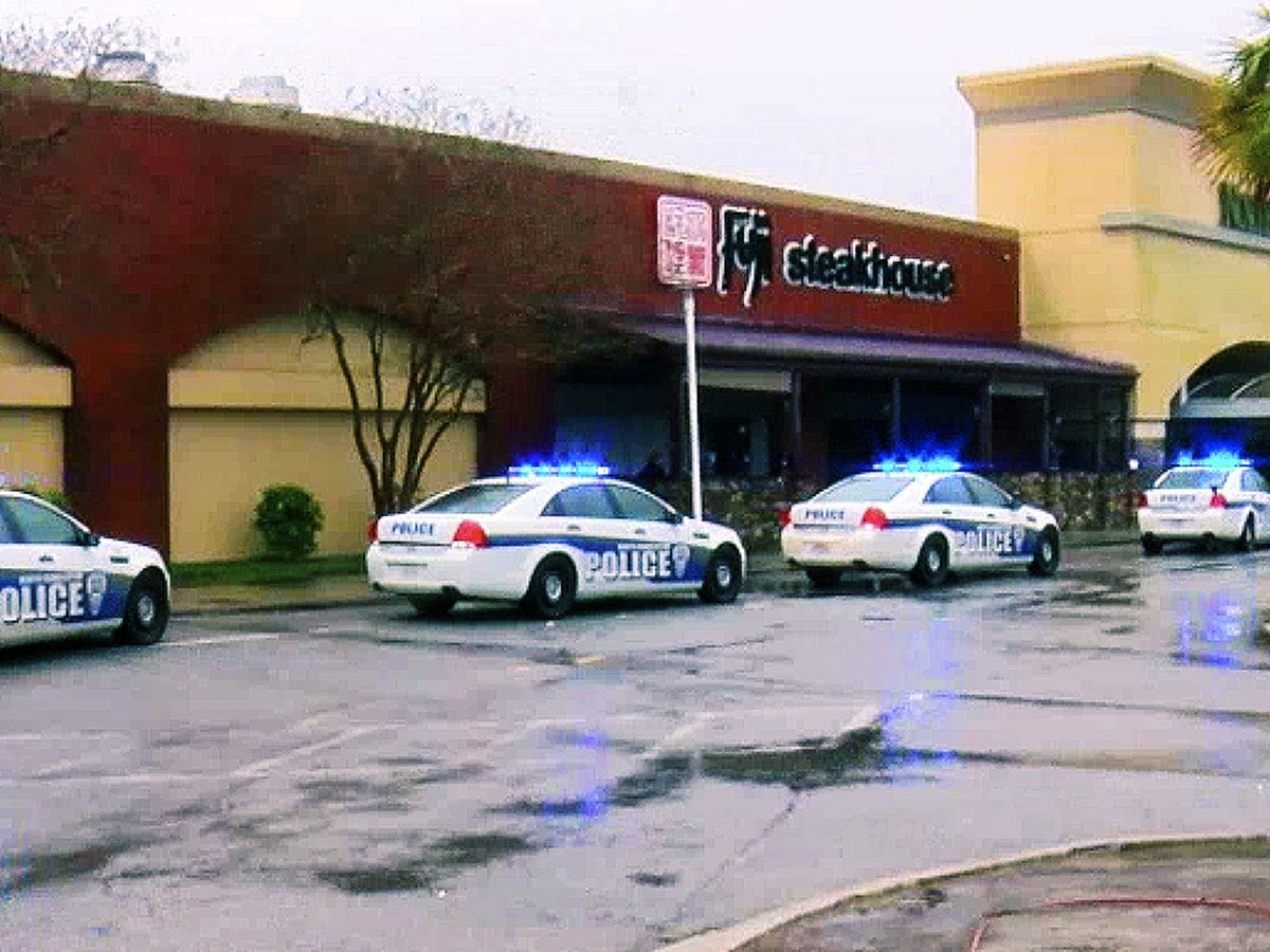 Police chief, Northwoods Mall holding press conference on shooting that injured three