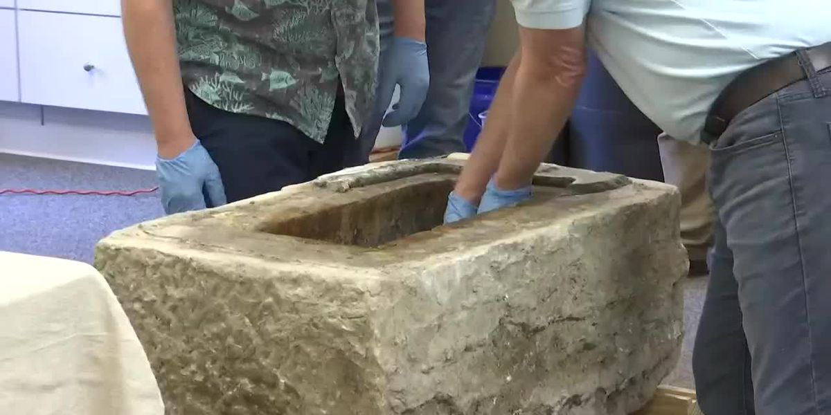 VIDEO: Cannonball, tin containers removed from Calhoun Monument time capsule
