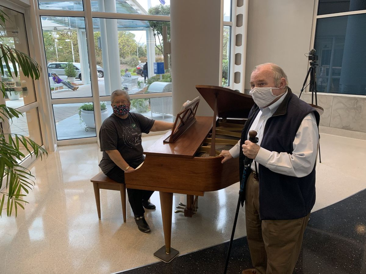 Resident donates baby grand piano to MUSC Health Florence