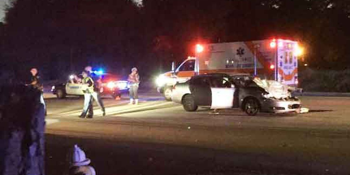 Accident involving injuries shuts down portion of North Rhett in Hanahan