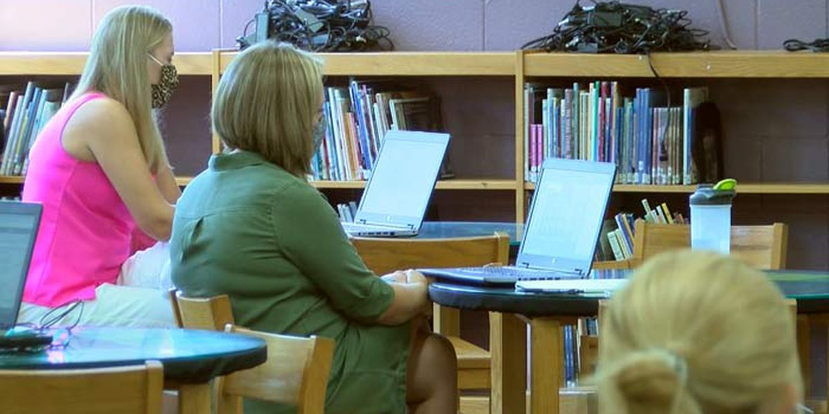 As school year begins, Dorchester District 2 schools looking to fill teacher jobs
