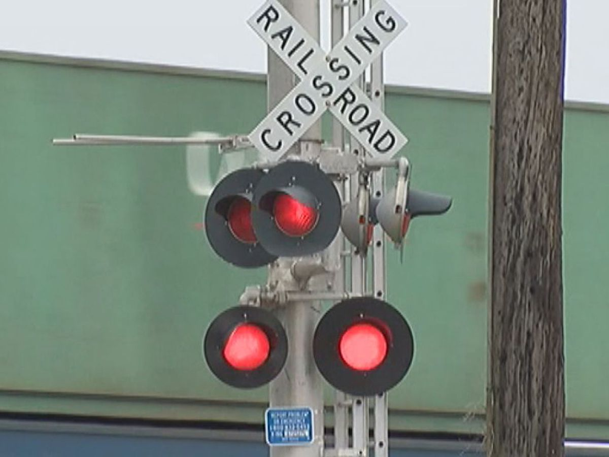 CSX to close Berkeley County railroad crossing for emergency repairs