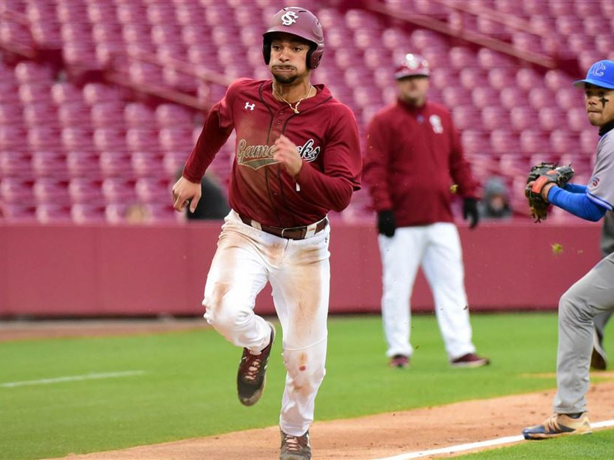 USC's Campbell Signs Free-Agent Deal with Brewers