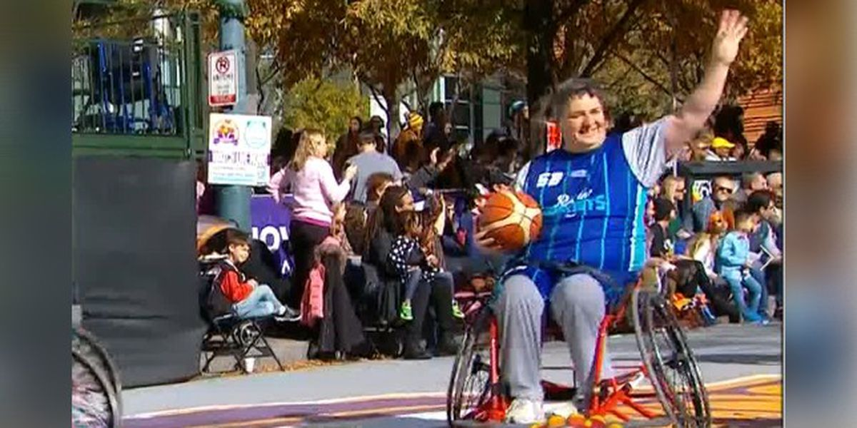 Man who was shot, paralyzed four years ago participates in Thanksgiving Day Parade