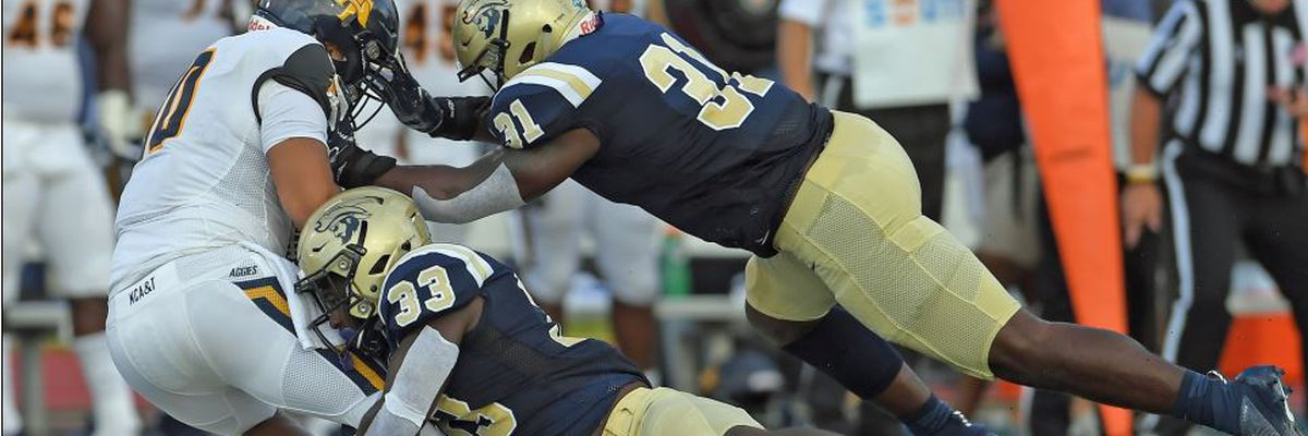 Buccaneers unable to hold off late surge by No. 15/17 North Carolina A&T in home opener
