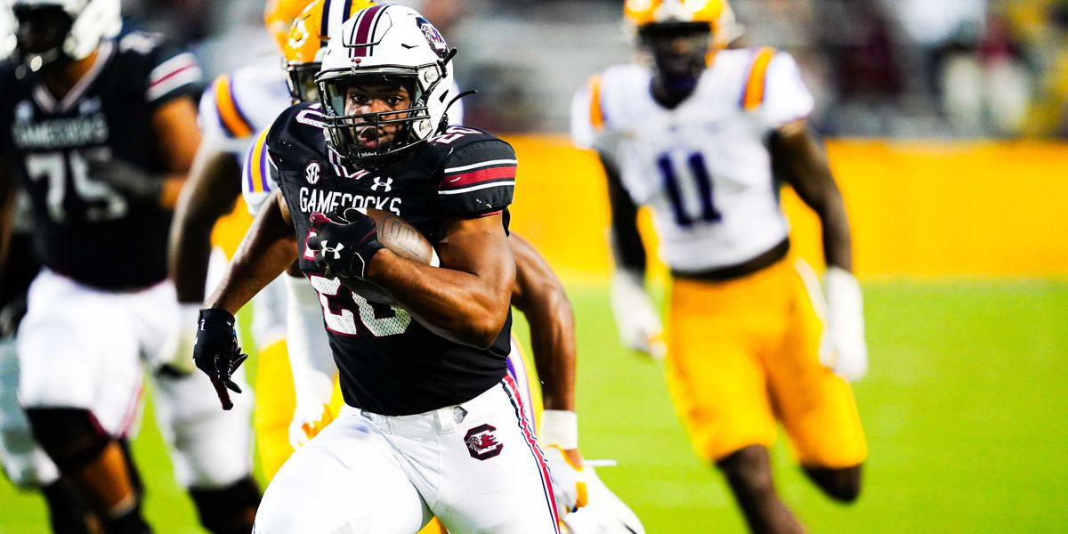 South Carolina falls at LSU 52-24