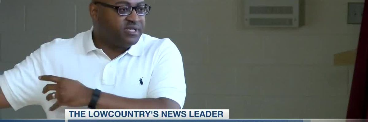 VIDEO: Deputies 'heavily increase' patrols outside CCSD board chair's house after threat made