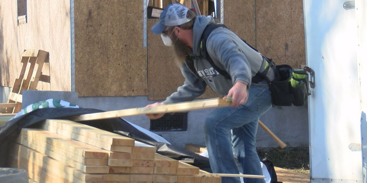 'It's a blessing,' Habitat for Humanity adapting to build homes during the pandemic