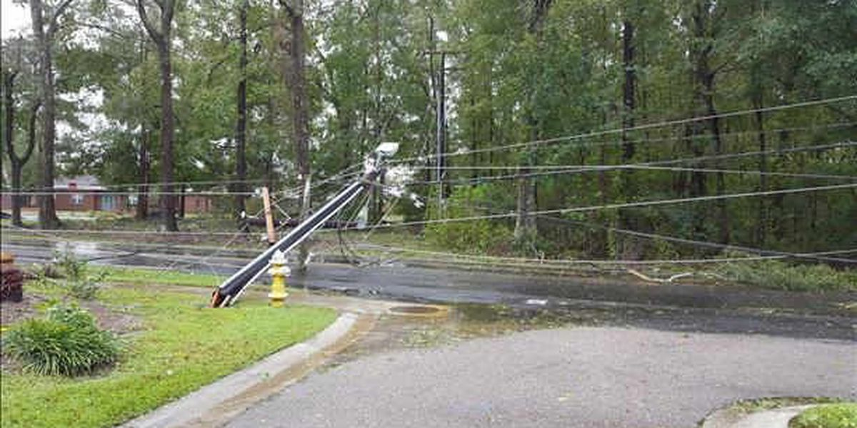 Lowcountry wakes up to power outages, road closures day after Matthew