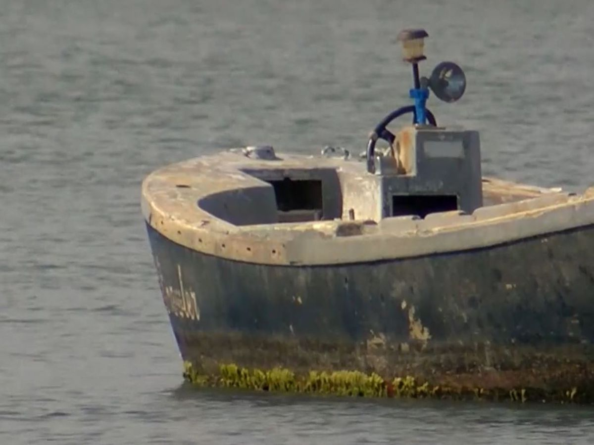 Folly Beach to spend more than $110k to remove abandoned boats in waterways