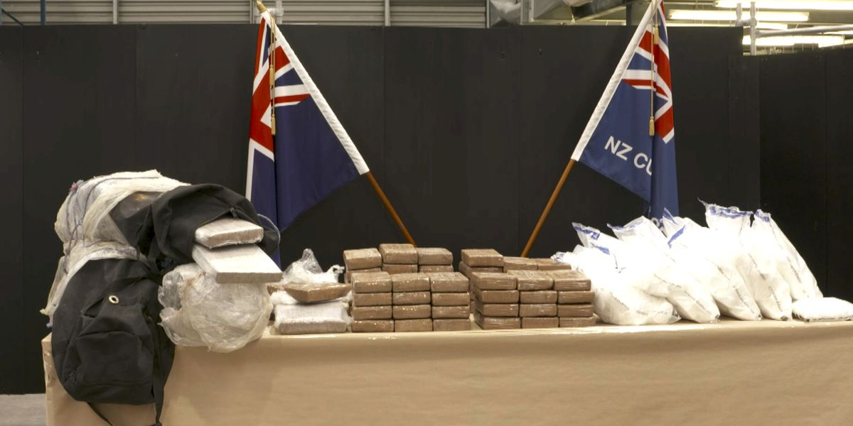 New Zealand makes biggest cocaine bust in banana shipment
