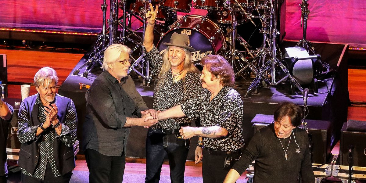 Doobie Brothers reunite with Michael McDonald for 50th anniversary tour