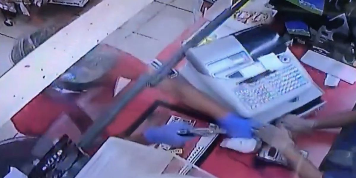 Deputies search for suspect who shot clerk during armed robbery