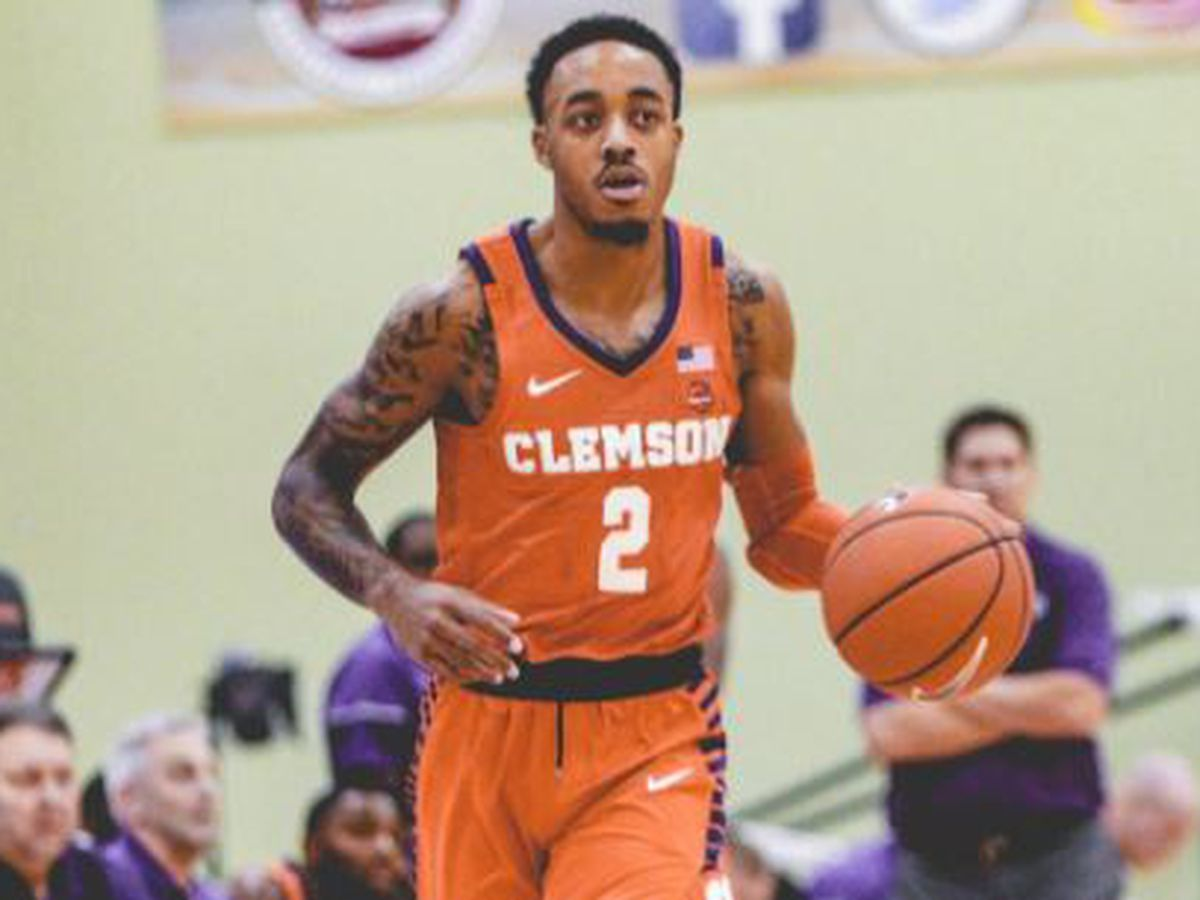 Clemson Advances to Title Game with 64-49 Win Over Georgia