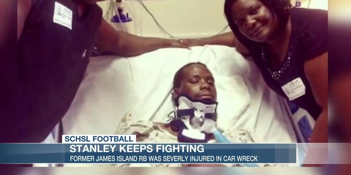 VIDEO: Former James Island RB keeps fighting after car accident