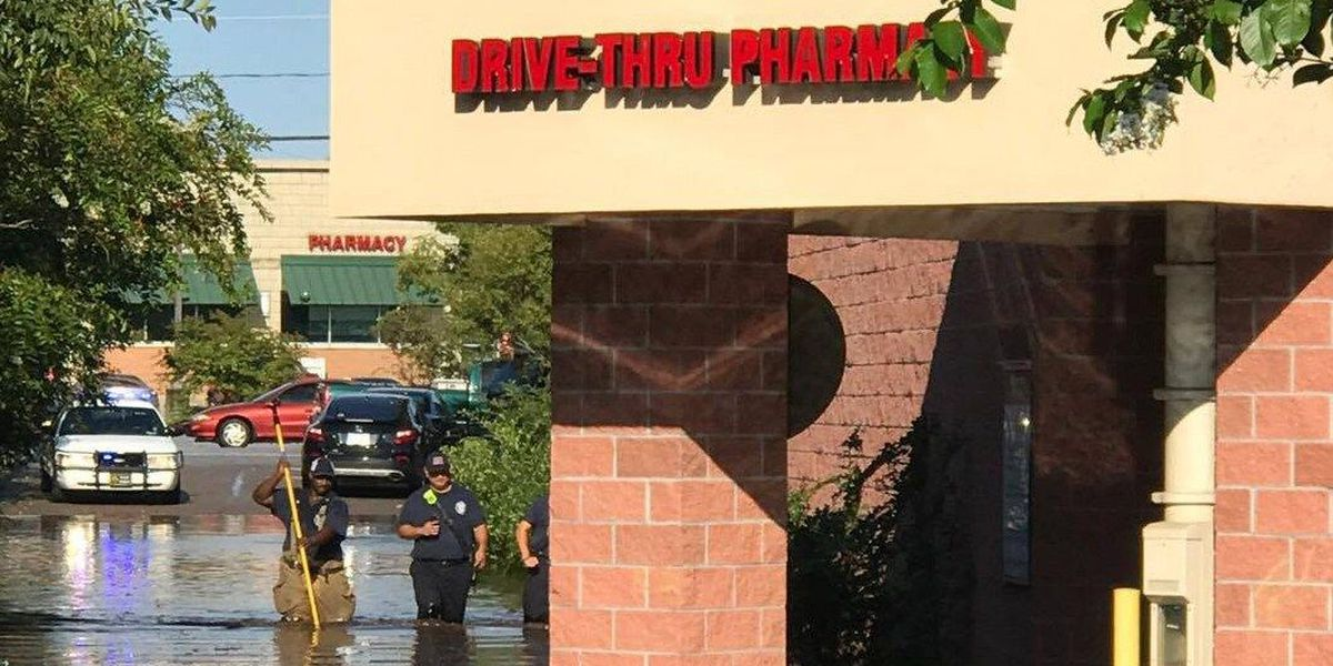 PICTURES: Lowcountry CVS parking lot flooded following Tuesday storms