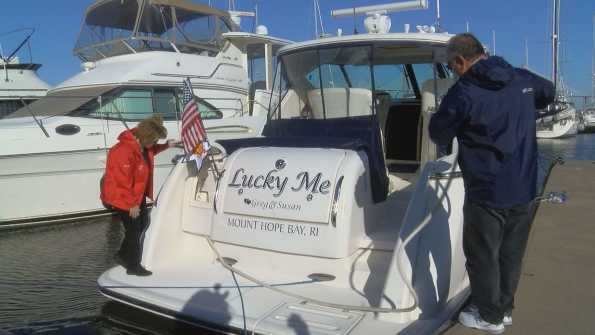 Couple leaves Charleston for 18-month adventure on boat