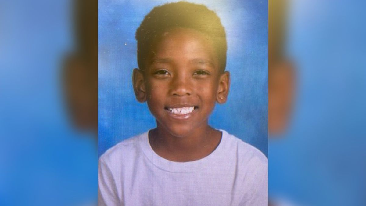 7-year-old boy fatally shot while riding in car with his mother in Hickory, N.C.