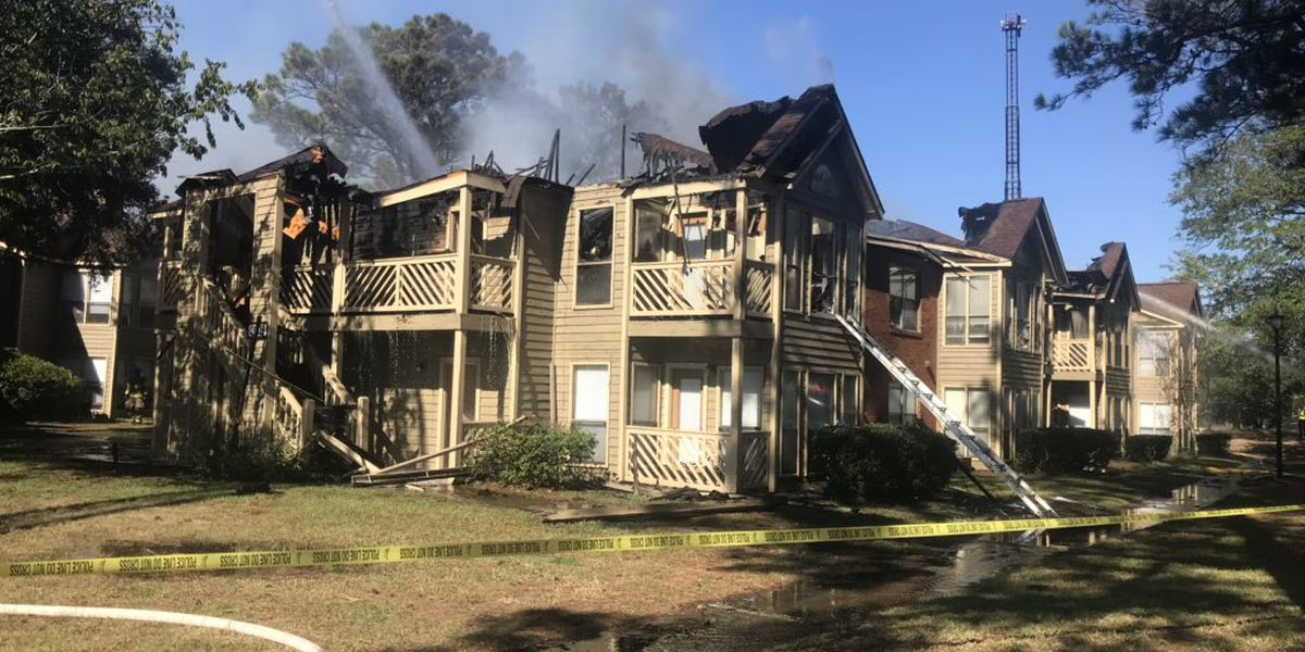 Firefighters battle blaze at Mount Pleasant apartment, 21 people displaced