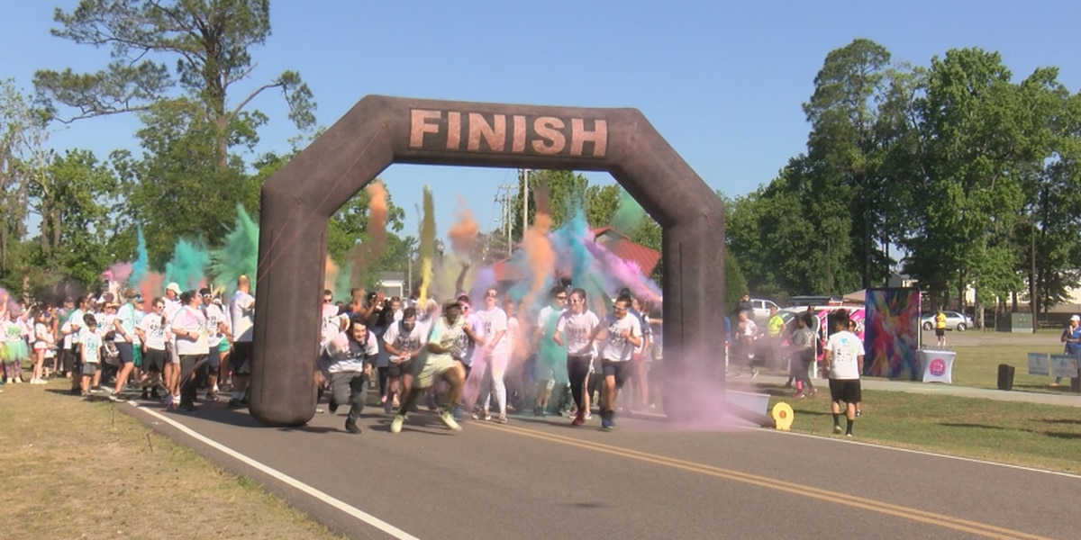 Hundreds run for annual 'Give Me Shelter Color 5K'