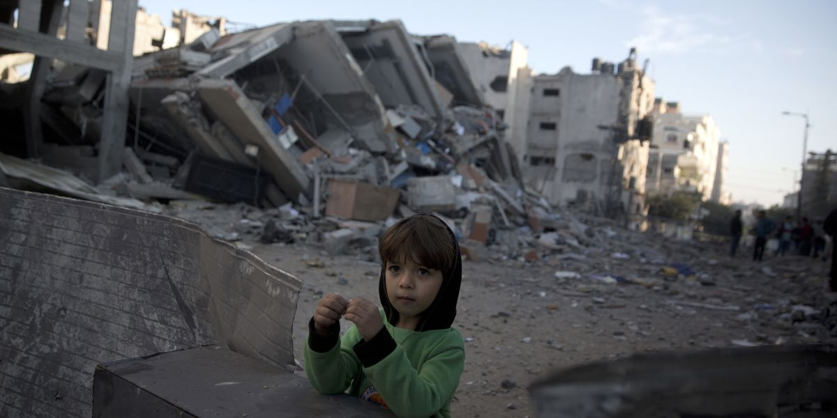 Gaza militants accept cease-fire; No word from Israel
