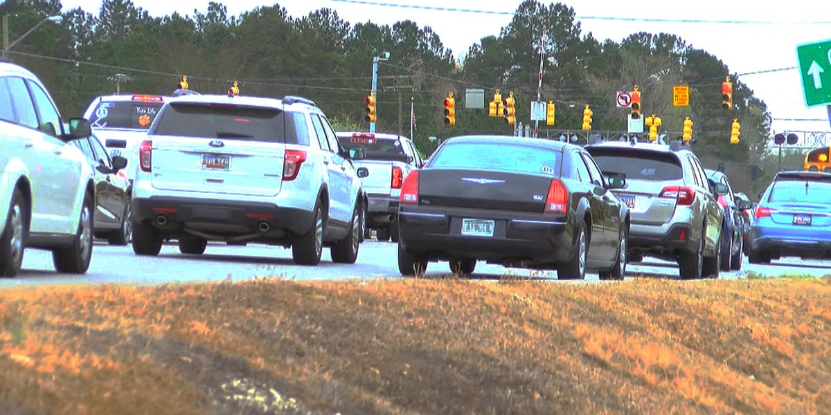 Berkeley County residents meet with SCDOT to address traffic concerns