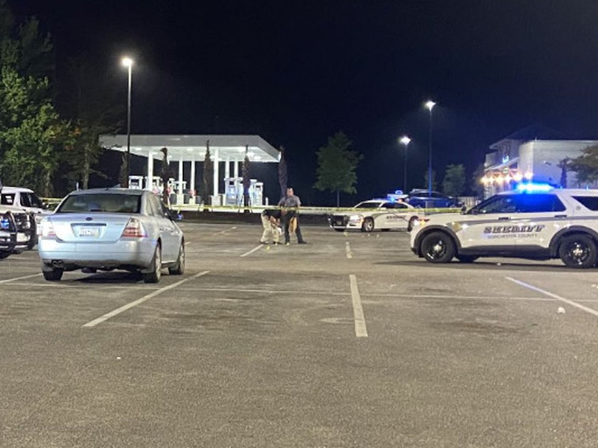 Deputies: 1 wounded in early-morning parking lot shooting