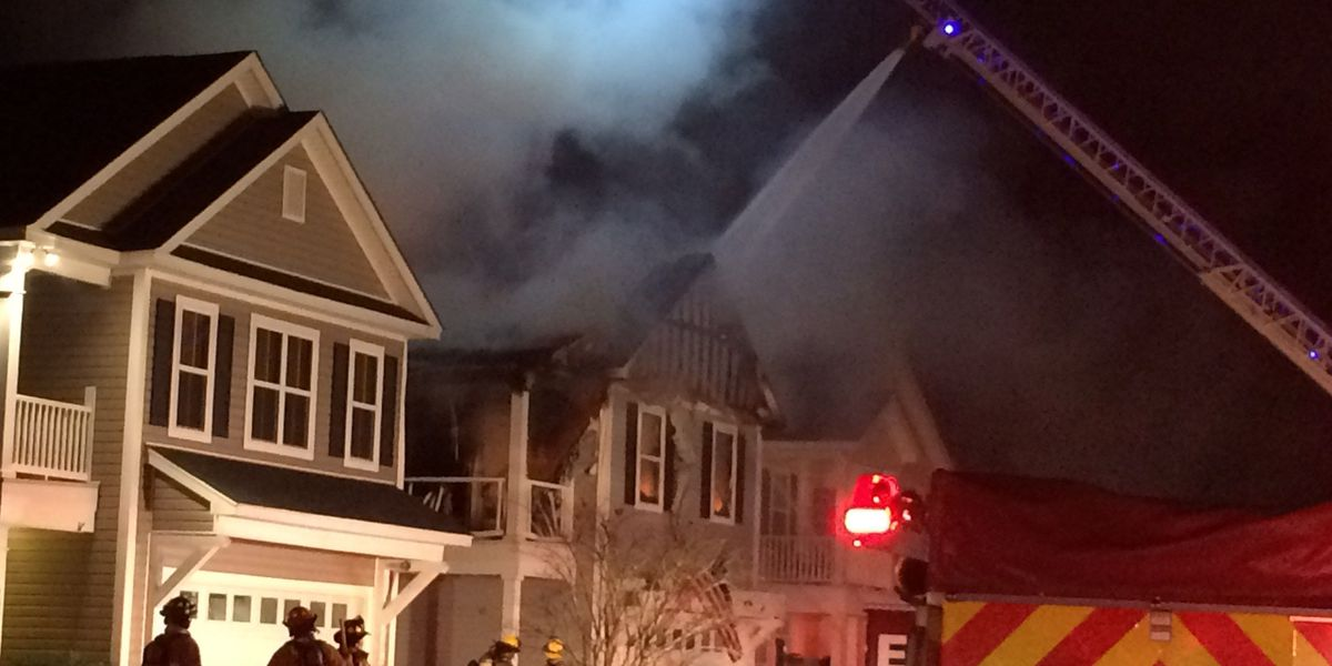 Crews battle house fire in Ladson