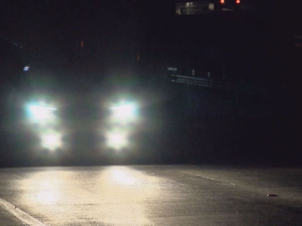 SCDOT working to get lights functioning on I-526
