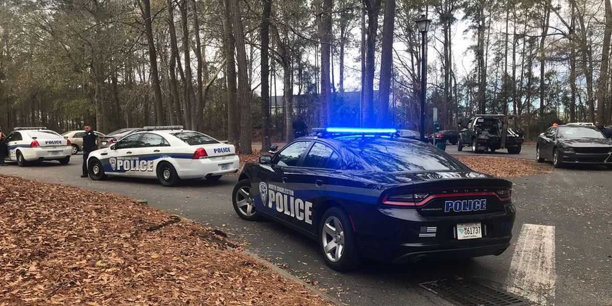 One detained after short police chase in N. Charleston