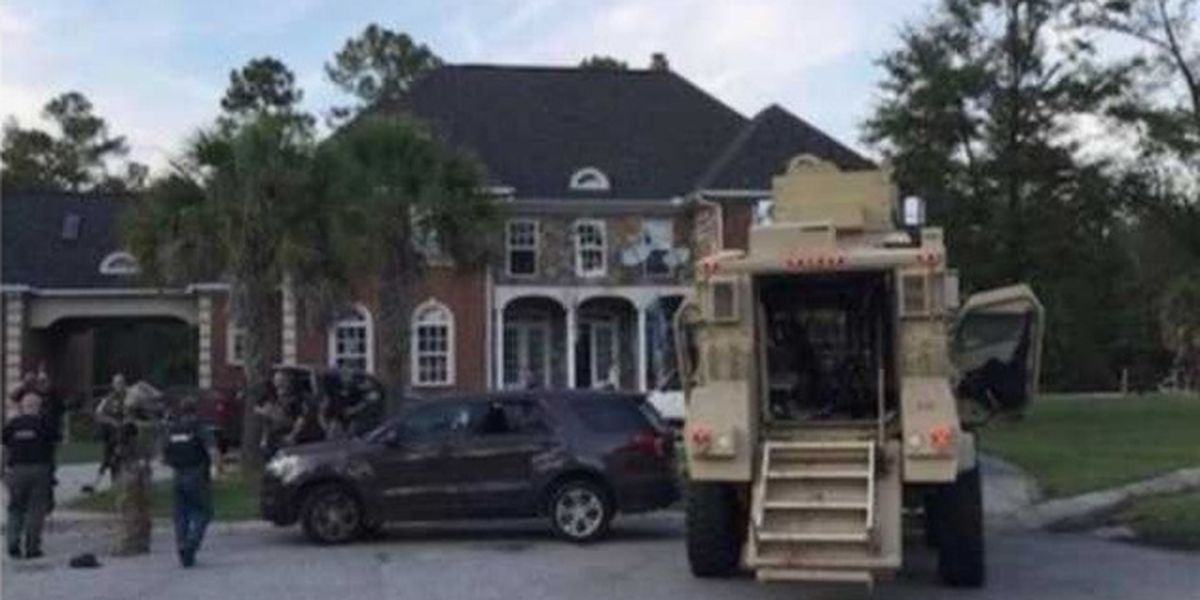 Officer killed, 6 other law enforcement officers and civilian wounded in Florence County shooting