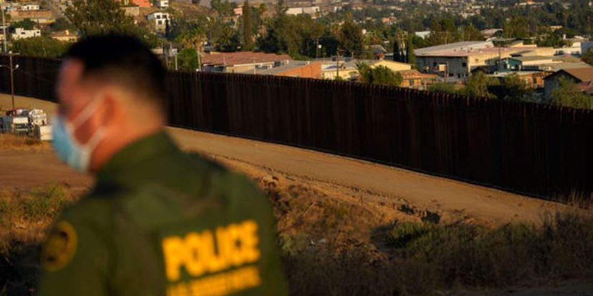 U.S. agents apprehend 1,000 migrant children in 6 days as crossings along Mexican border rise