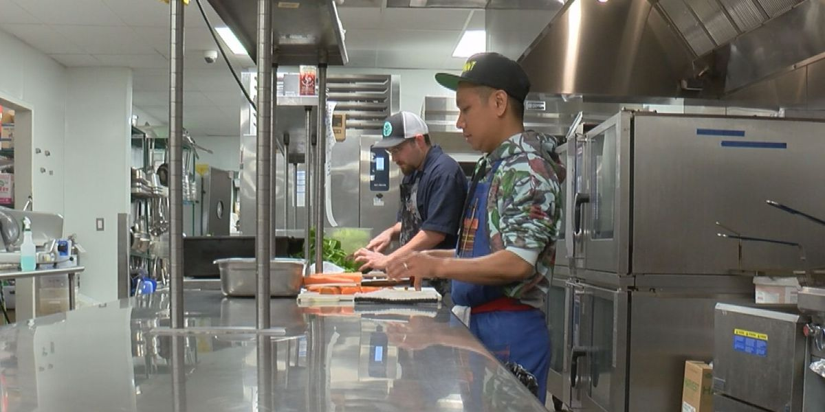 Lowcountry Strong: Chefs team up to make meals for healthcare workers and homeless