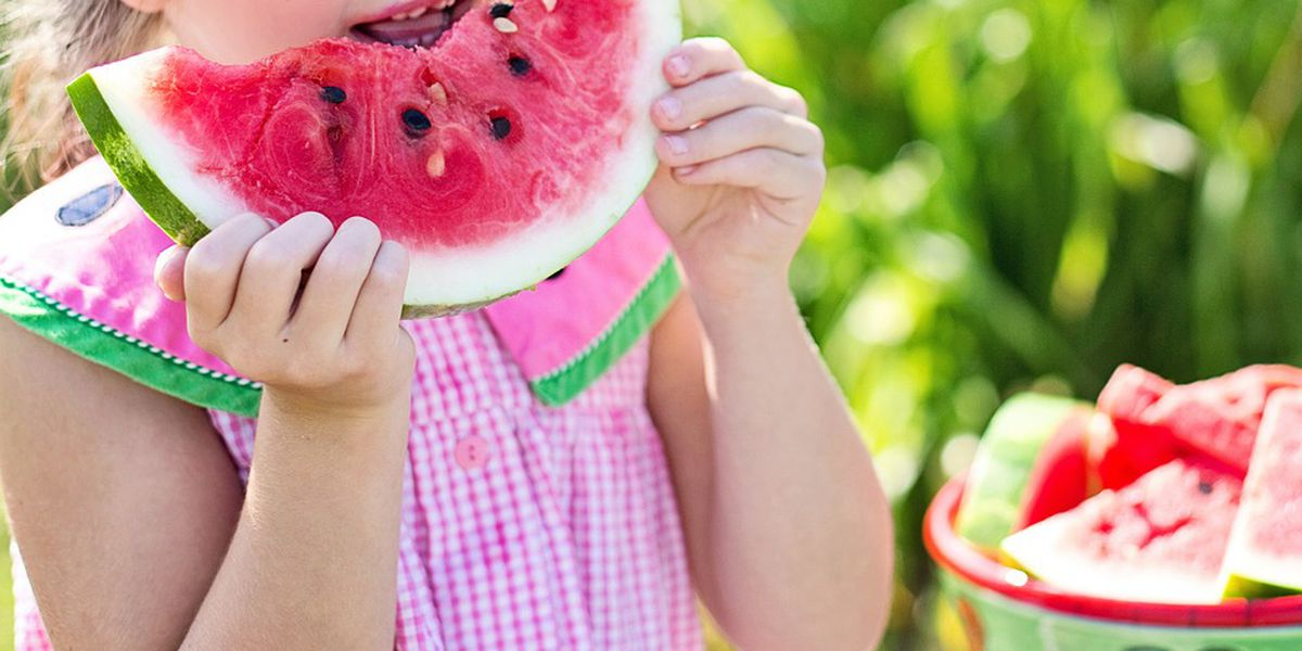 Parent Survival Guide: Foods that can keep your family hydrated over the summer