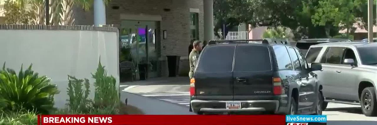 VIDEO: Man surrenders to police after standoff at North Charleston hotel