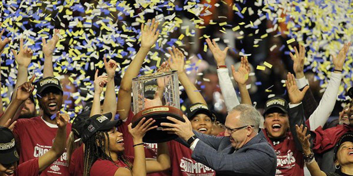 No. 1 Gamecocks take SEC title, beat No. 9 Bulldogs 76-62