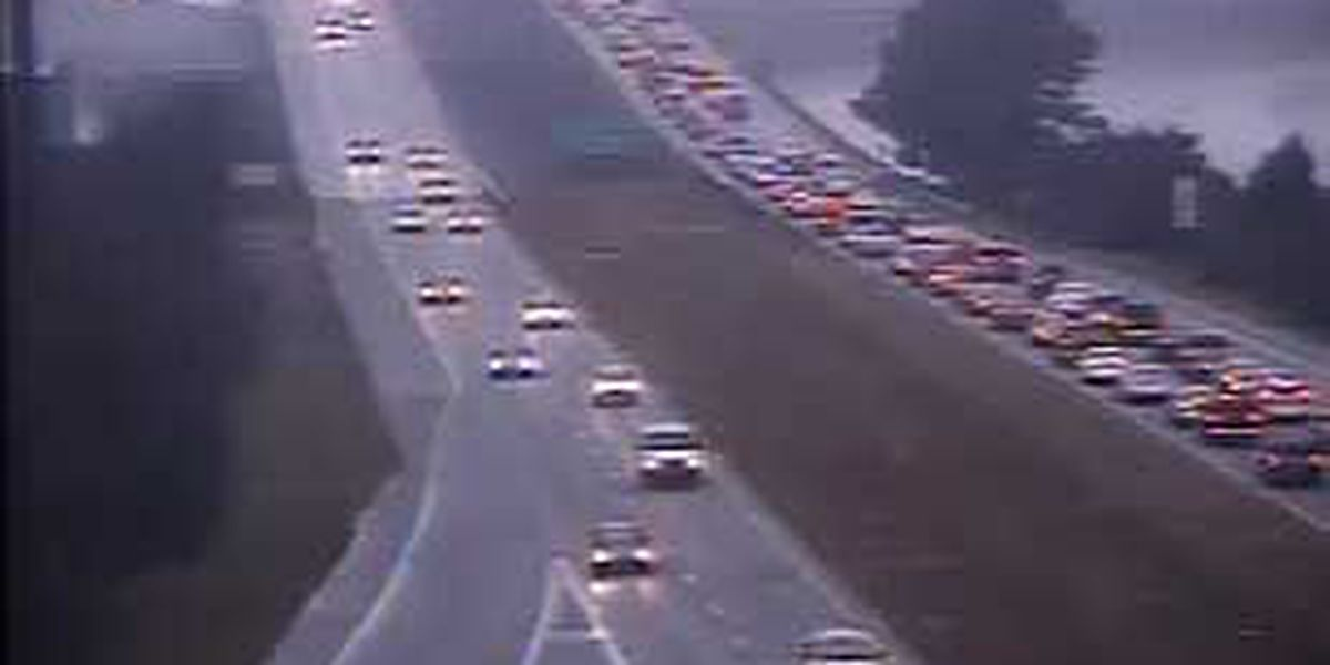WB traffic on I-526 in N. Charleston back to normal after bus accident