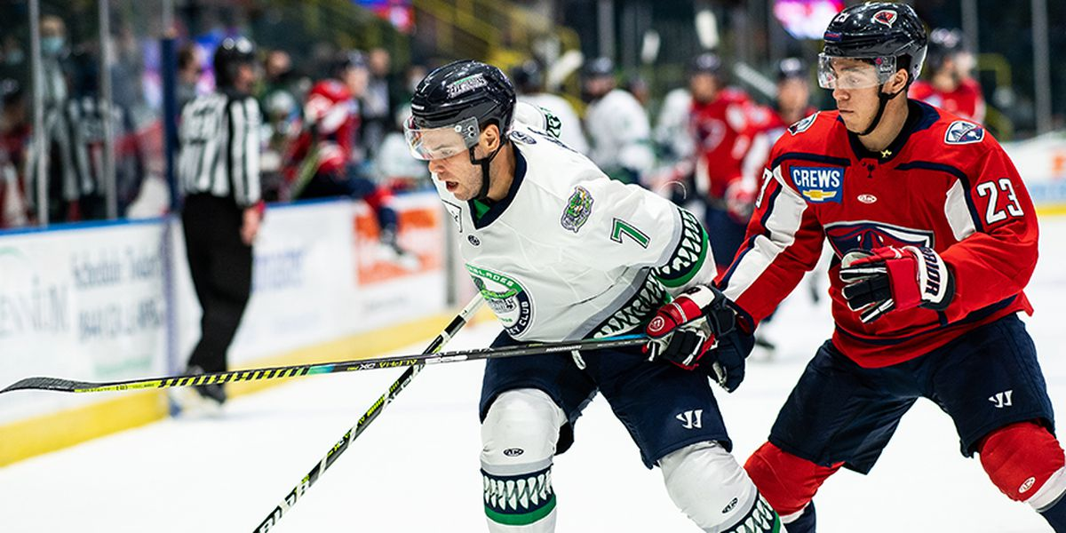 Blades' Strong Second Period Too Much For SC
