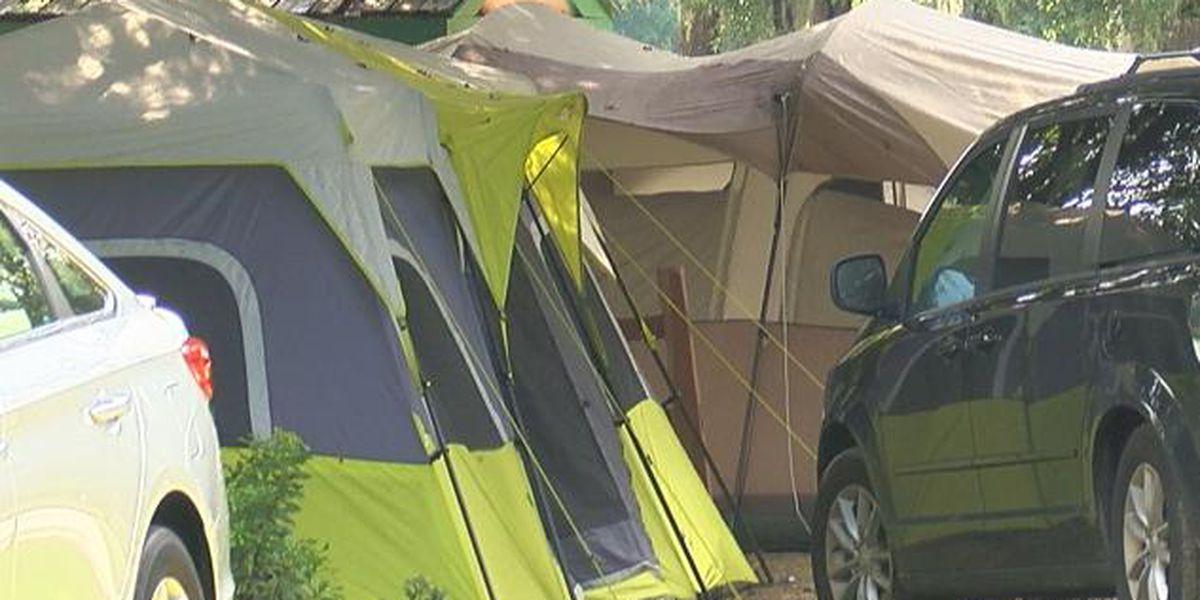 Charleston camp sites bring in huge crowds ahead of eclipse