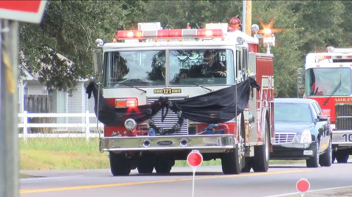 Summerville firefighter killed in crash laid to rest