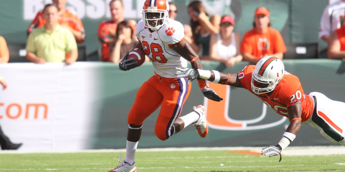 Clemson's CJ Spiller will be inducted into the College Football Hall of Fame
