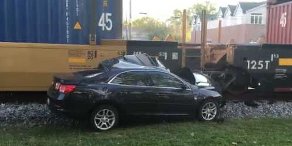 Driver uninjured after train hits car in Summerville