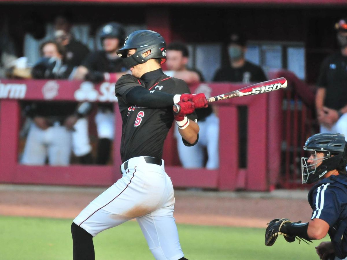 Two-Run Seventh Propels Gamecocks Past UNF