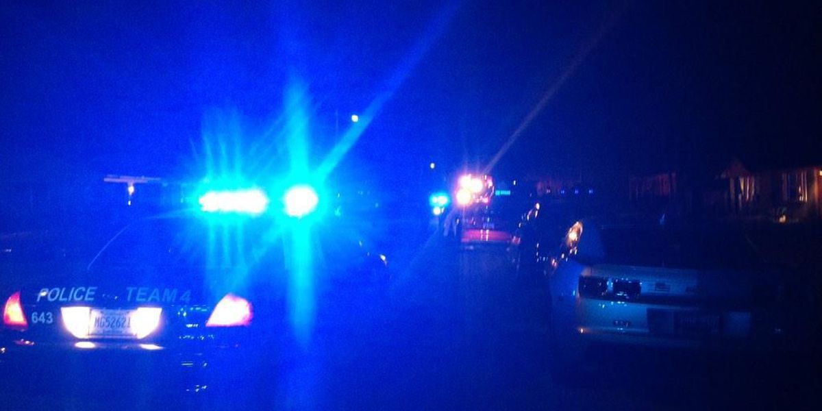 Police: 3 wounded in Sunday night shooting in West Ashley