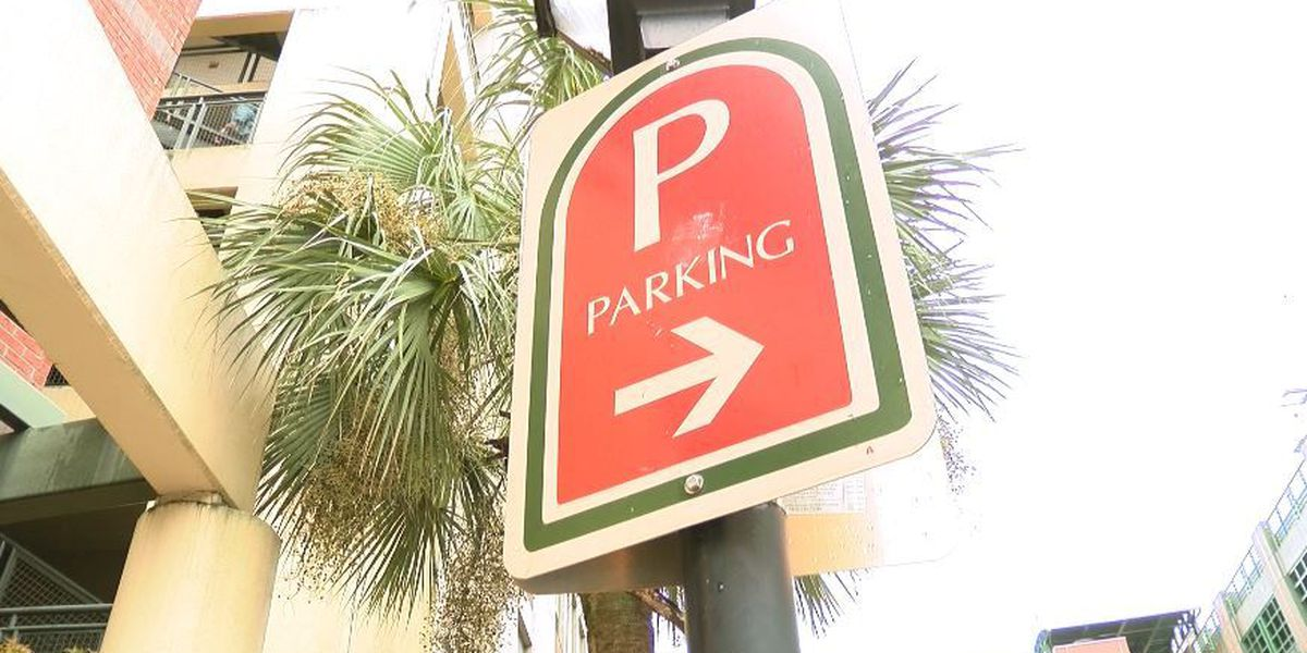 City Council defers vote for new restaurants to provide more parking
