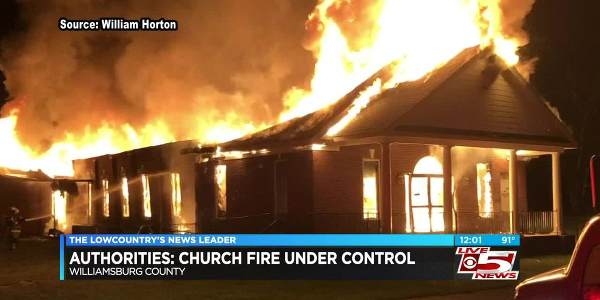 VIDEO: Church fire in Williamsburg County under control, authorities say