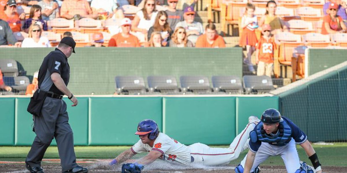 Clemson Pounds Bulldogs 17-3 Behind 11-Run Fourth Inning